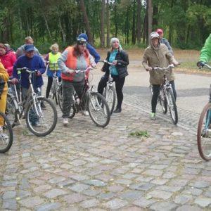 """Wycieczka rowerowa """"Śladami historii"""""""
